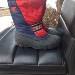 Sorel boys winter snow boots size 3